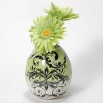 Small image of silkscreened egg vase